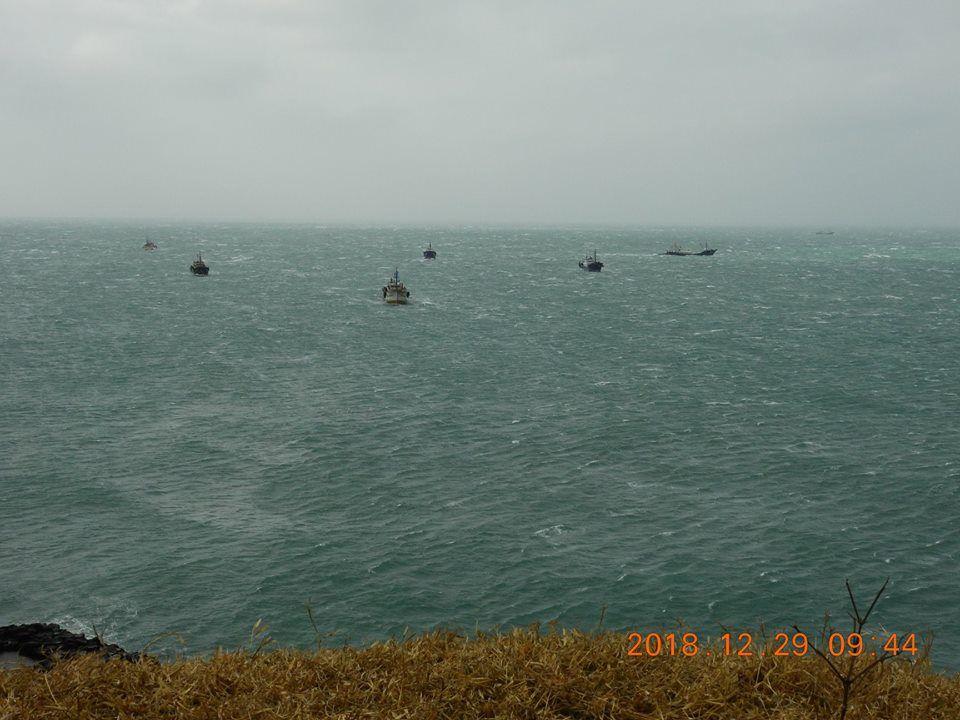 2天來發現數量達到25艘大陸拖網漁船