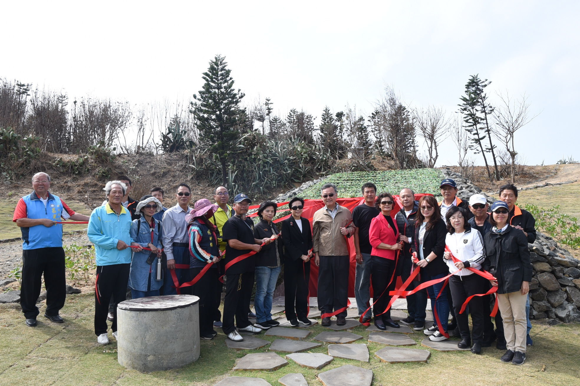 Magistrate Lai Feng-Wei and Speaker Liu Chen Chao-Ling hosted the unveiling ceremony for the Lungmen Biso Battlefield, a new highlight of battlefield cultural tourism.